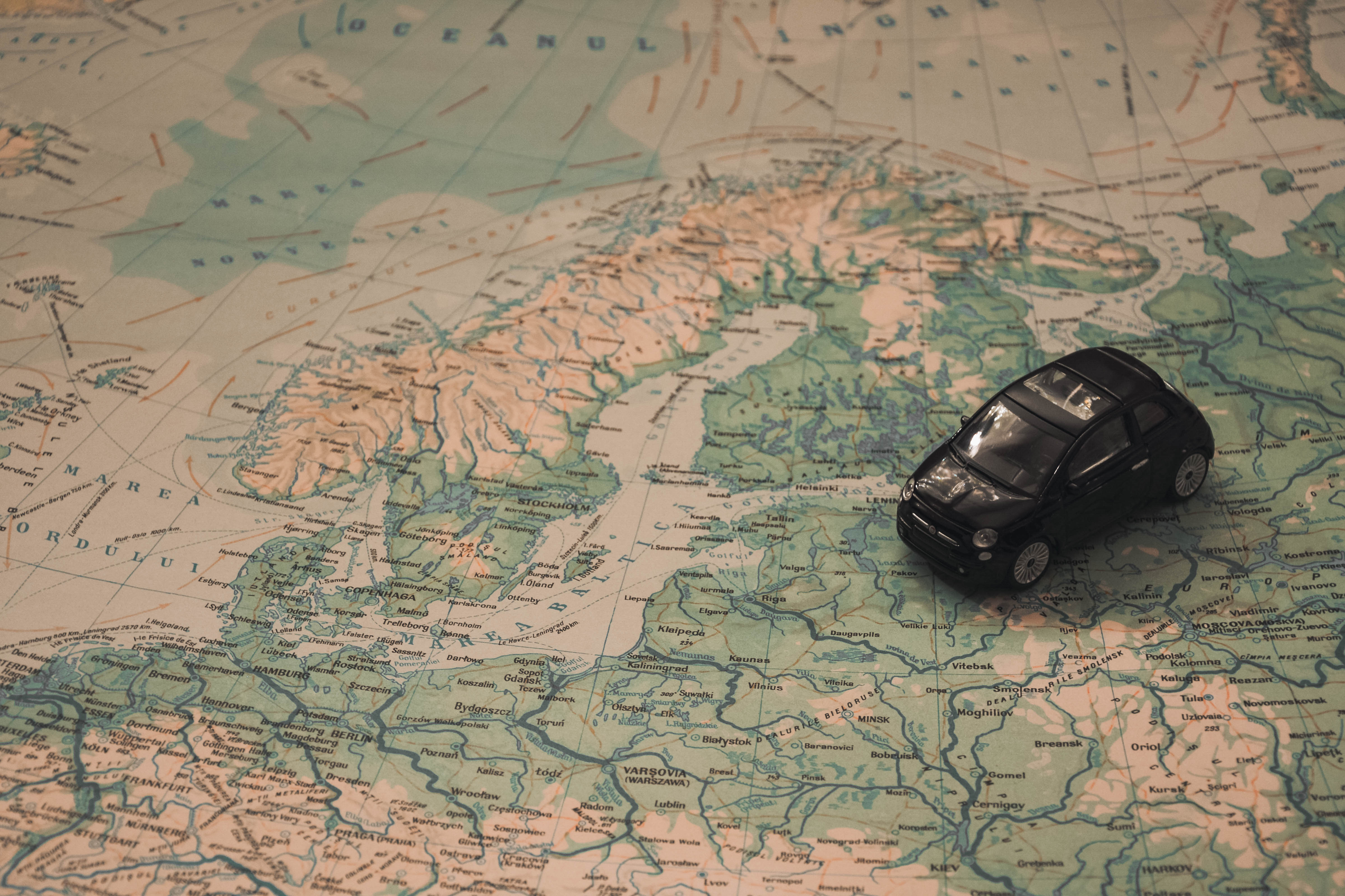 Tips for Saving Money While You Travel